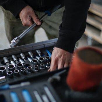 Vacature heftruckmonteur | regio Tilburg | Switch Services 's-Hertogenbosch uitzendbureau